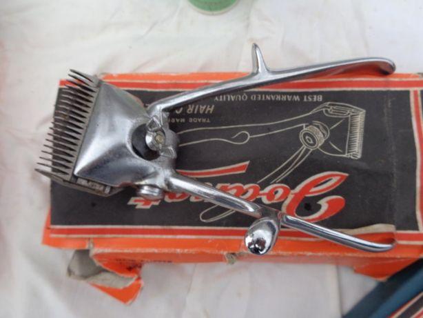 Duas Máquinas cortar cabelo(novas)+pincel+amulador