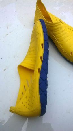 Обувь для плаванья, тапочки для кораллов