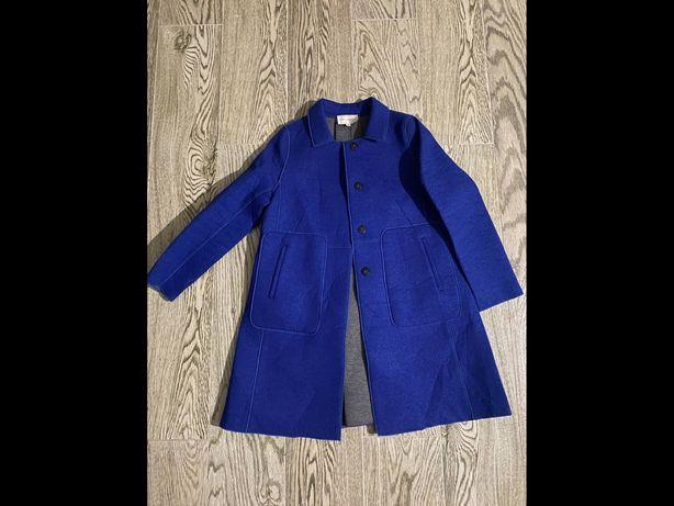 Новое тёплое пальто,размер универсальный