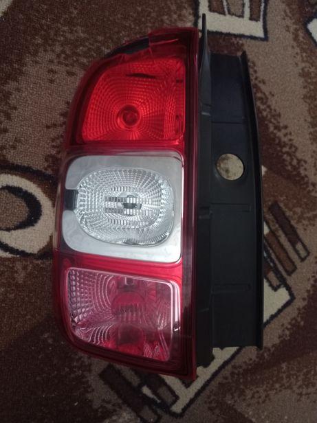 Продам задний левый фонарь стоп Рено Дастер 2017г.в.