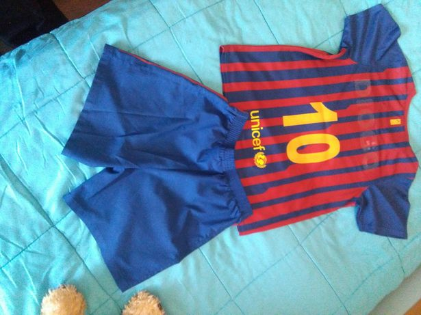 Equipamento Barcelona Criança 122 a 128 cm