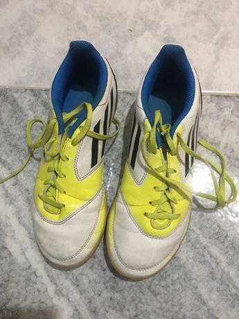 Ténis Futsal Adidas | tam. 35.5