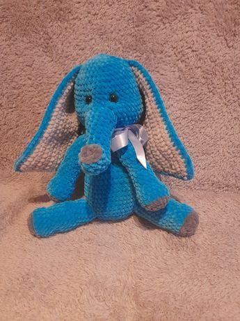 Nowa ręcznie robiona miękka zabawka słoń.
