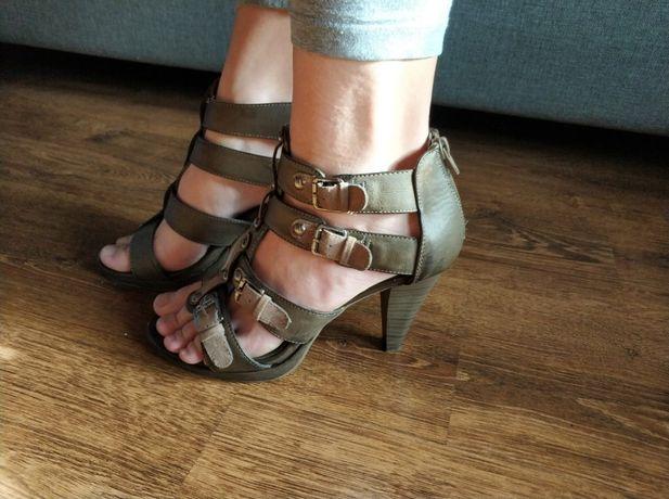 Sandały, sandałki, rzymianki, zamek, Graceland, 39