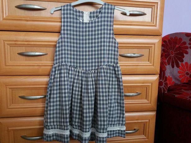Wizytowa elegancka sukienka C&A r. 110