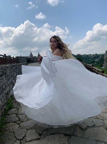 Випускне,весільне плаття,48 розмір