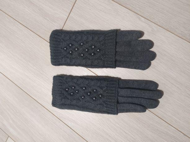 Новые теплые перчатки.