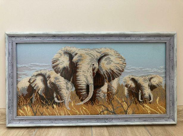"""Картина """"Слони""""."""