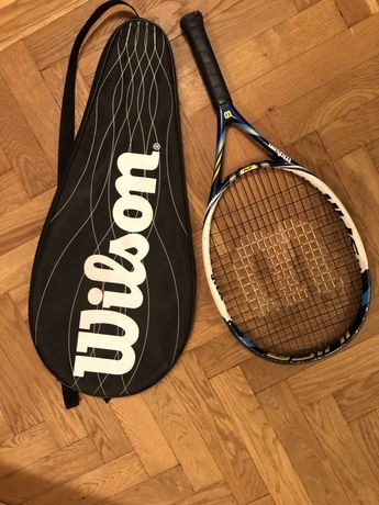 Wilson Rakieta do tenisa w pokrowcu.