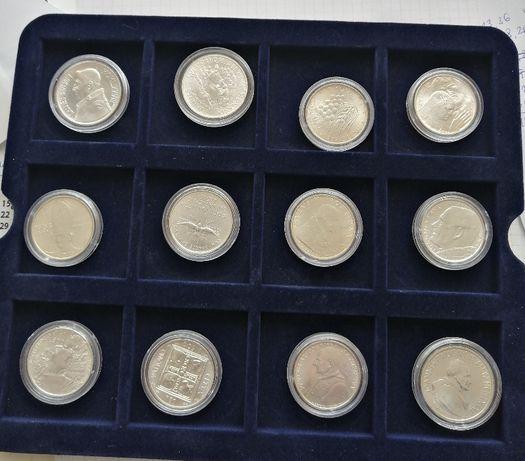 Kolekcja srebrnych monet