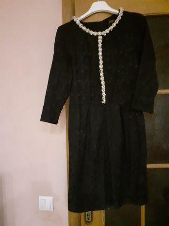 Плаття чорного кольору