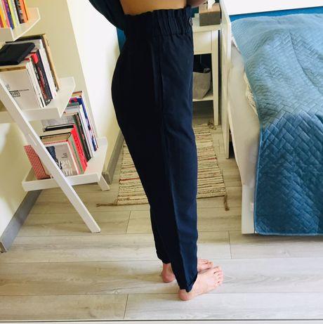Granatowe eleganckie spodnie Z wysokim stanem Zara rozmiar XS