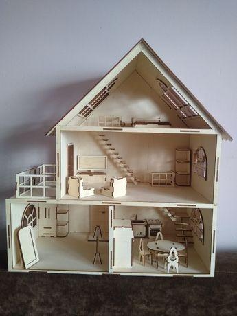 Drewniany domek dla lalek + drewniane mebelki. Zestaw do składania