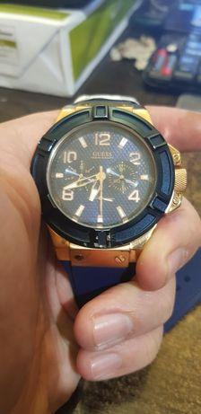 Годинник Guess W0247G3