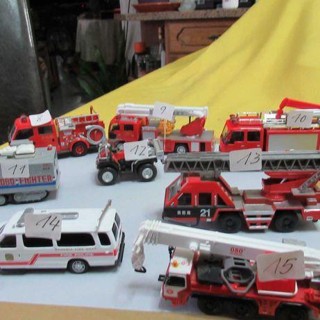 8   carros dos bombeiros antigos em metal del prado