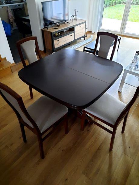 stół rozkladany z krzesłami