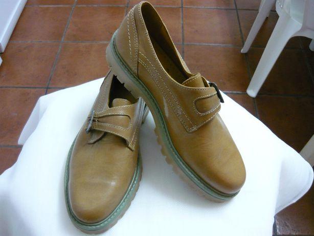 Sapatos casual de Senhora -39- em pele - novos!