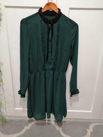 Sukienka w kolorze zieleni