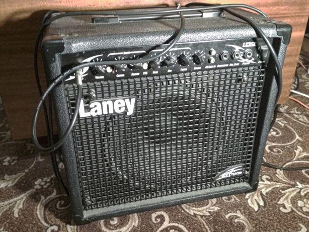 Усилитель (комбоусилитель) для електрогитары Laney LX35R