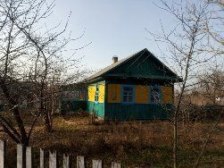Продам будинок в с. Губків під дачу