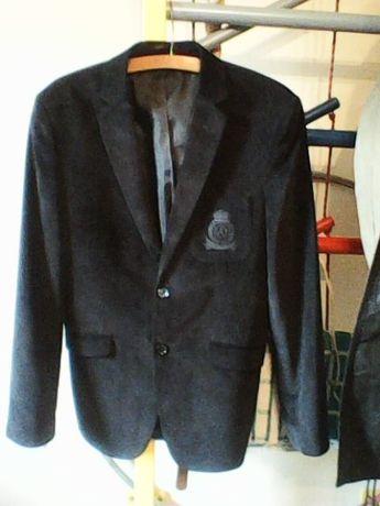 Пиджак чёрный, мелкий вельвет