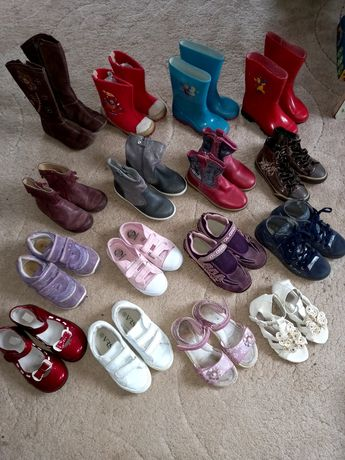 Распродаю обувь 25-31