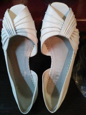 buty ślubne rozm. 38