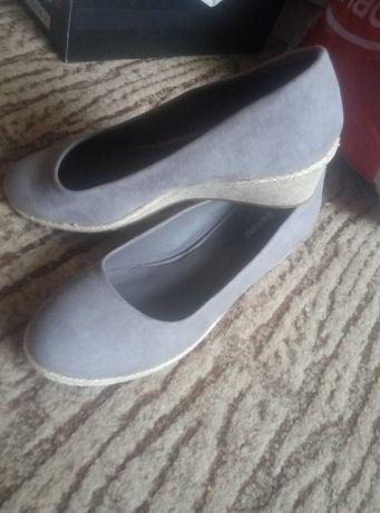 кроссовки мокасины туфли