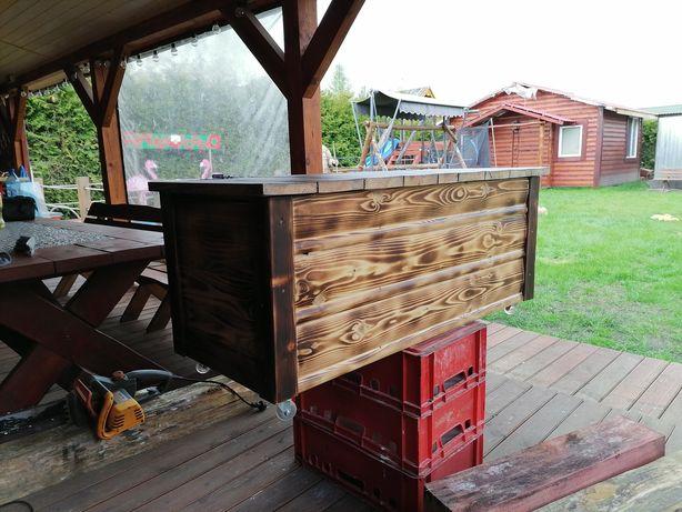 Skrzynia kufer drewniany na kółkach