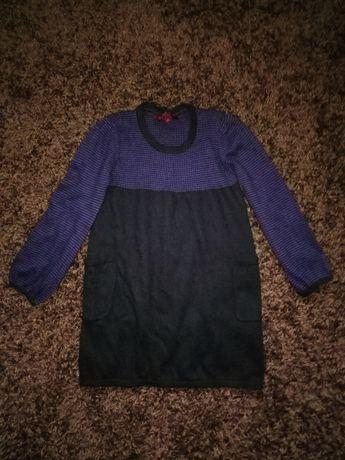 Теплое трикотажное платье на 7-8 лет в новом состоянии