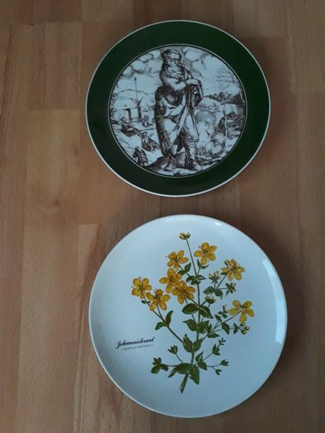 Piękne talerze na ścianę sygnowane GOEBEL. (22cm).