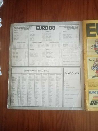 Caderneta de cromos do Euro 88 (Usada)