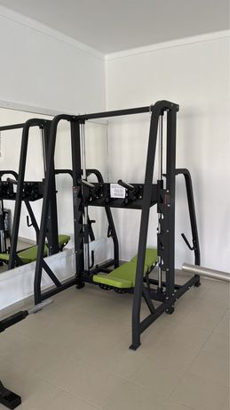 Máquinas musculação, ginásio