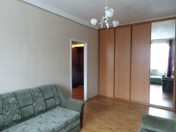 Соборности, 2-к хорошая квартира, метро Левобережная, Дарница Тампере