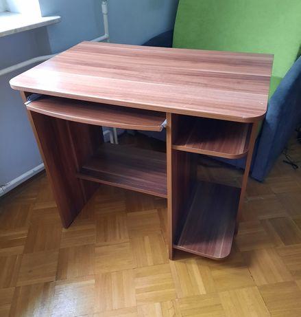 Biurko z wysuwaną półką na klawiaturę, stan bdb