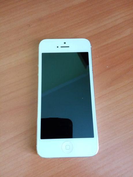 Мобільний телефон iPhone 5 16gb