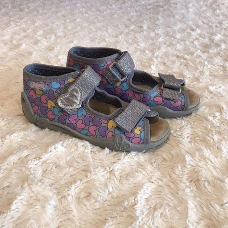 Kapcie sandałki buty buciki do przedszkola Befado r 26