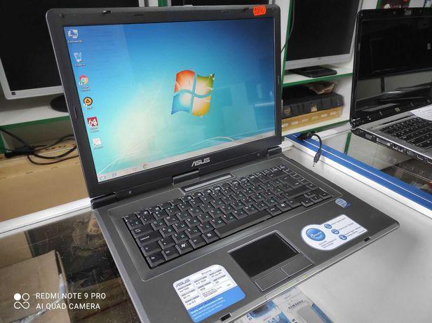 Ноутбук ASUS в отличном состоянии ( недорого)