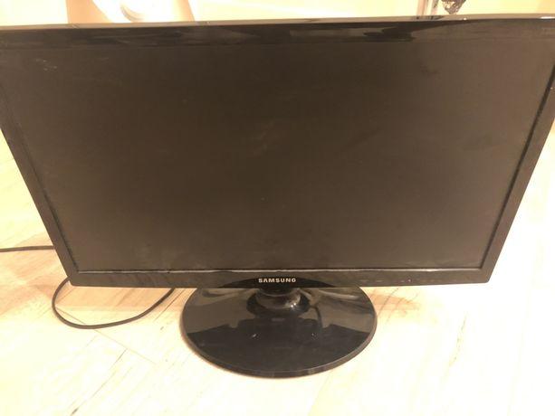 Telewizor z monitorem razem