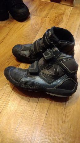 Демисезонные ботинки Geox р.36