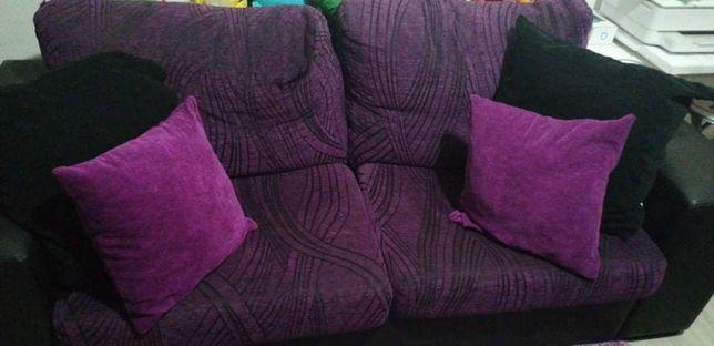 Vendo sofás em pele sintética e tecido
