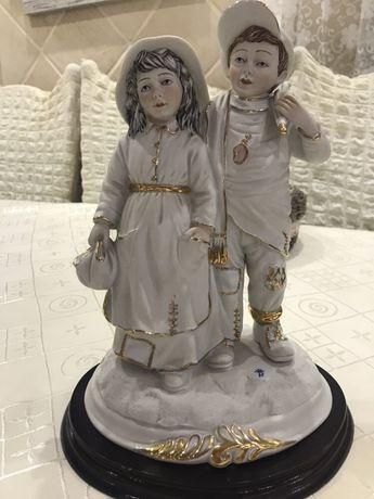 Старинная статуэтка Каподимонте, с клеймом