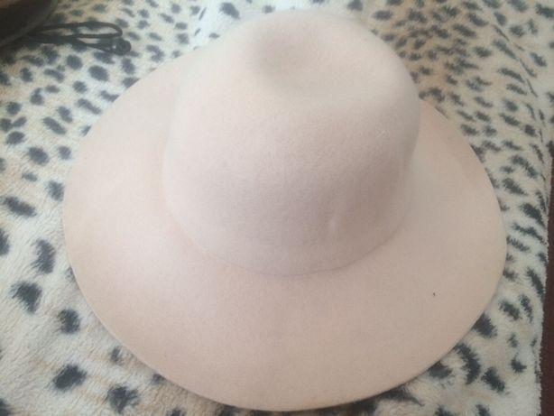 Wełniany kapelusz pudrowy róż Nowy z metką H&M