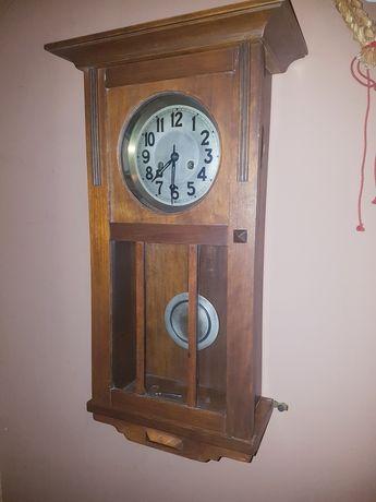 Stary zegar ścienny