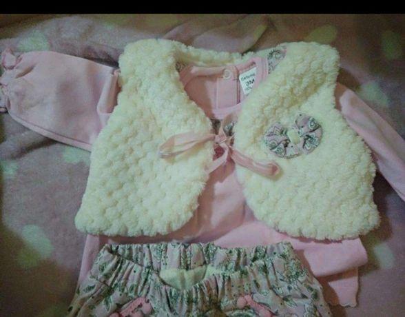 Conjunto para bebê ( calças e camisolas fardadas 100% algodão e colete