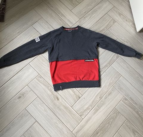 Продам брендовый sweatshirt Cropp!!!