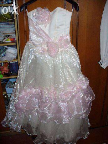 нарядное длинное пышное платье для принцессы для девочки на праздник