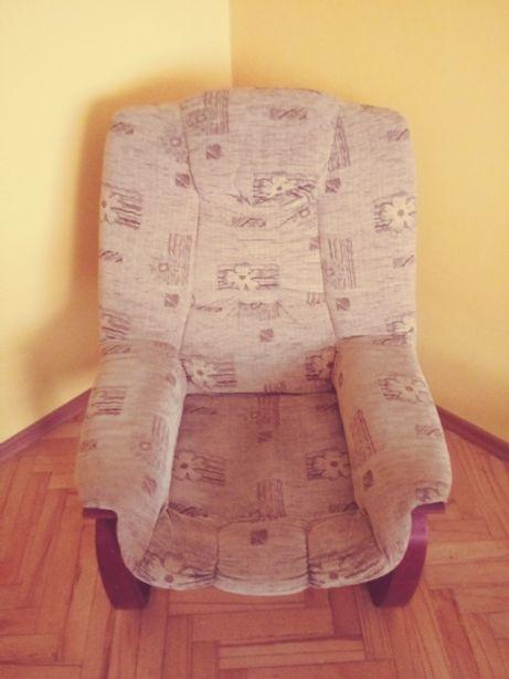 Fotel oddam za darmo