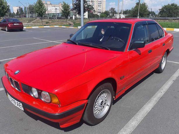 Продам автомобиль BMW E34 518i