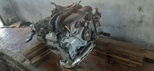 Продам мотор, навесное, коробку  вариатор субару форестер 14-18